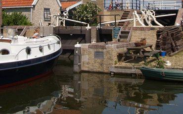 rivercruise-31-cabrio-ws-motorboot-huren-in-friesland-ottenhome-heeg-55
