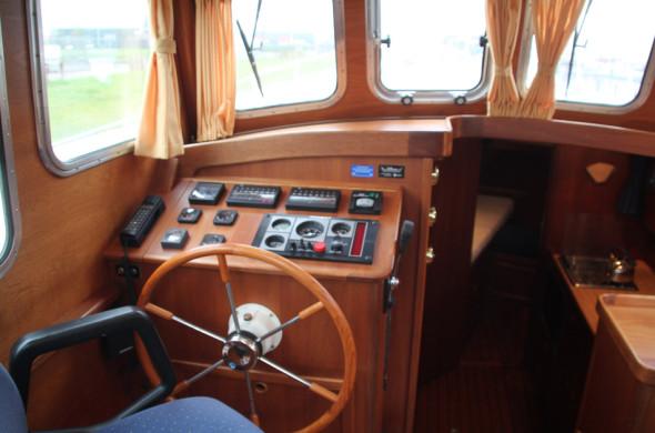 Oostvaarder Kotter - Motorboot huren in Friesland- Ottenhome Heeg 3