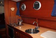 Oostvaarder Kotter - Motorboot huren in Friesland- Ottenhome Heeg