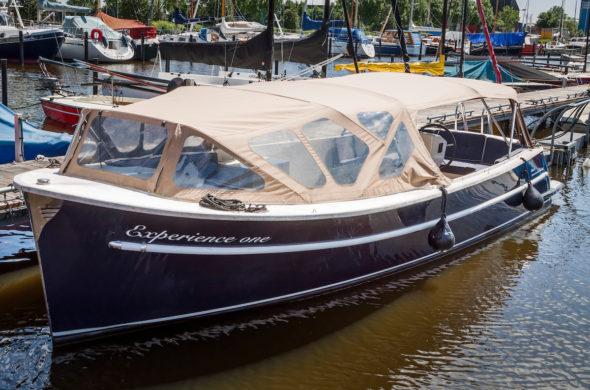 RiverCruise 27 Tendersloep huren in Friesland - Ottenhome Heeg