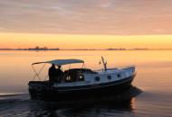 RiverCruise 31 Cabrio - Motorboot huren in Friesland - Ottenhome Heeg 2