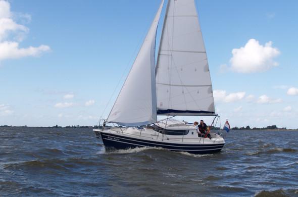 Sunhorse 25 zeilboot huren in Friesland