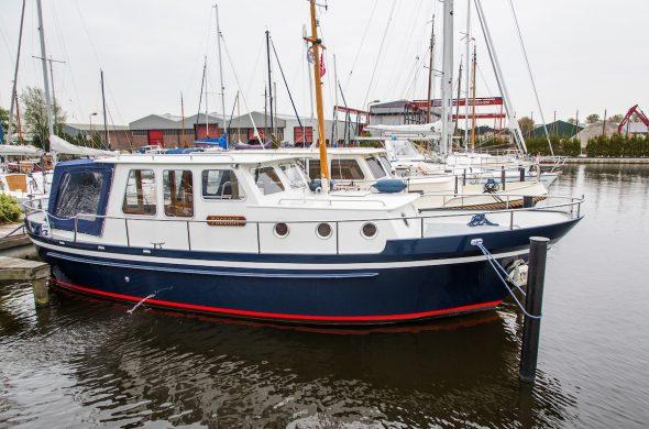 Motorboot huren in Friesland- Oostvaarder Kotter