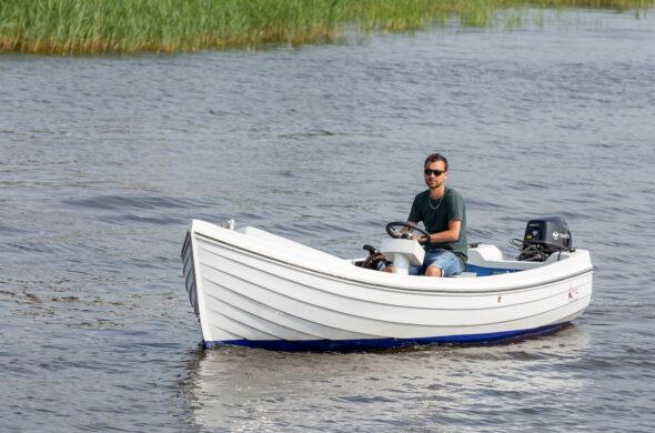 Consoleboot huren in Friesland - Ottenhome Heeg