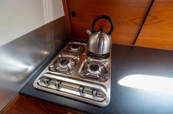 Foto van het kooktoestel in de Valkkruiser