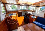 Interieur motorboot Valkkruiser - Ottenhome Heeg