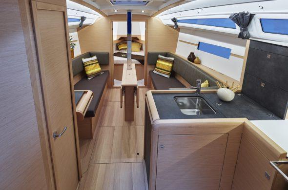 Interieur Jeanneau Odyssey 349 - Ottenhome Heeg