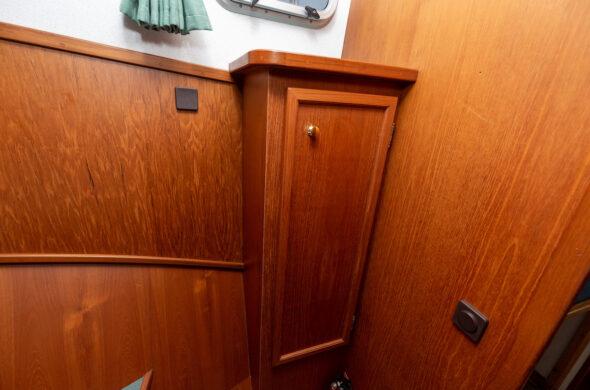 Motorboot huren Friesland - Klompmaker Kotter - Ottenhome Heeg verhuurMotorboot huren Friesland - Klompmaker Kotter - Ottenhome Heeg verhuur